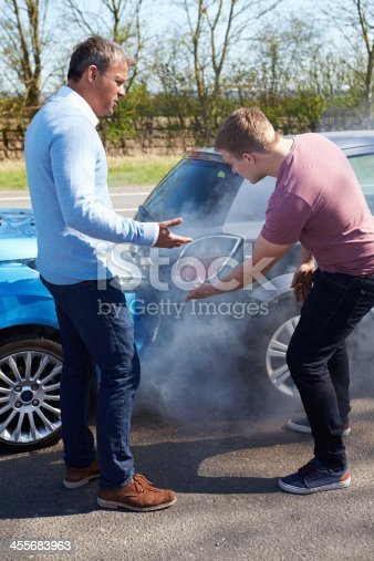 475395935istockphoto Two Drivers Arguing After Traffic Accident 455683963