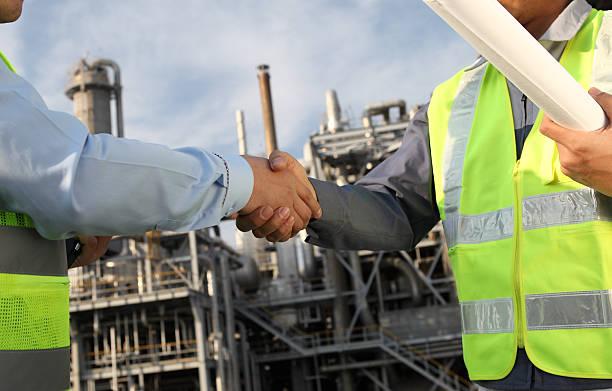 Zwei Ingenieur in Öl Industrie – Foto