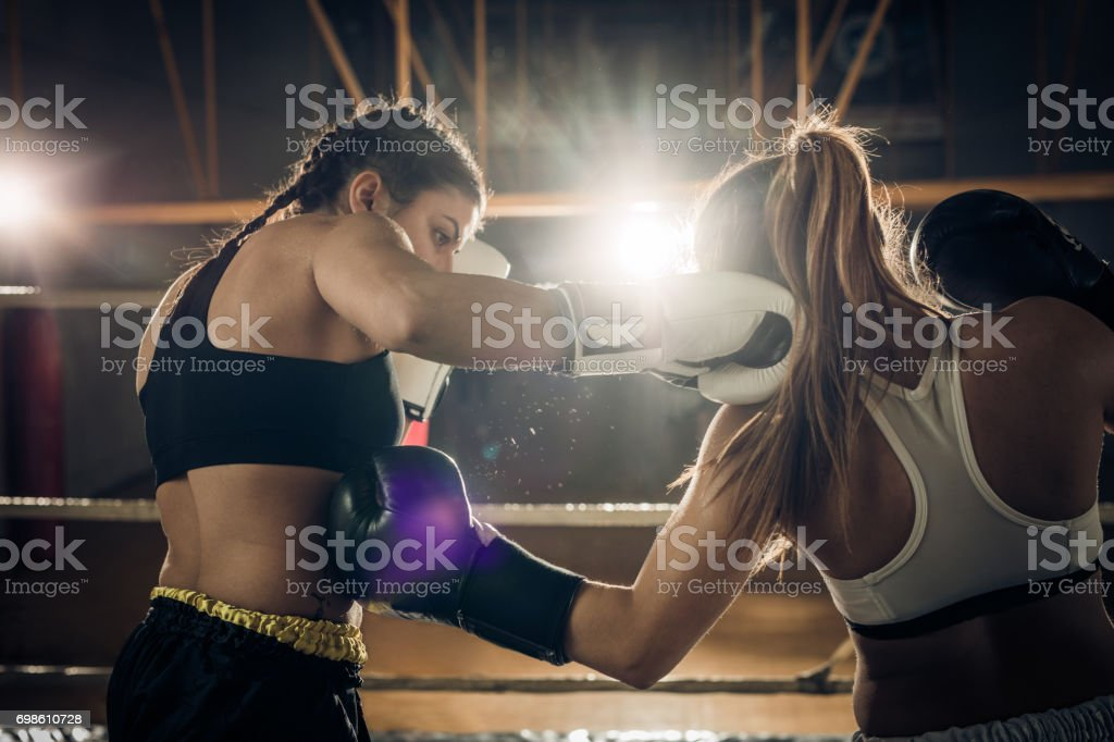 Women boxing match