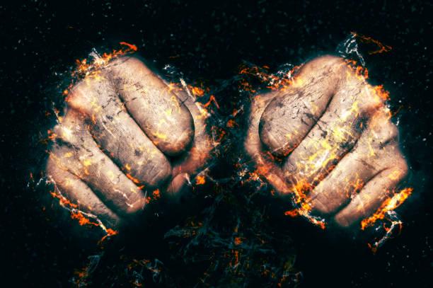 zwei fäuste in flamme, feuer abbildung. - boxen live stock-fotos und bilder