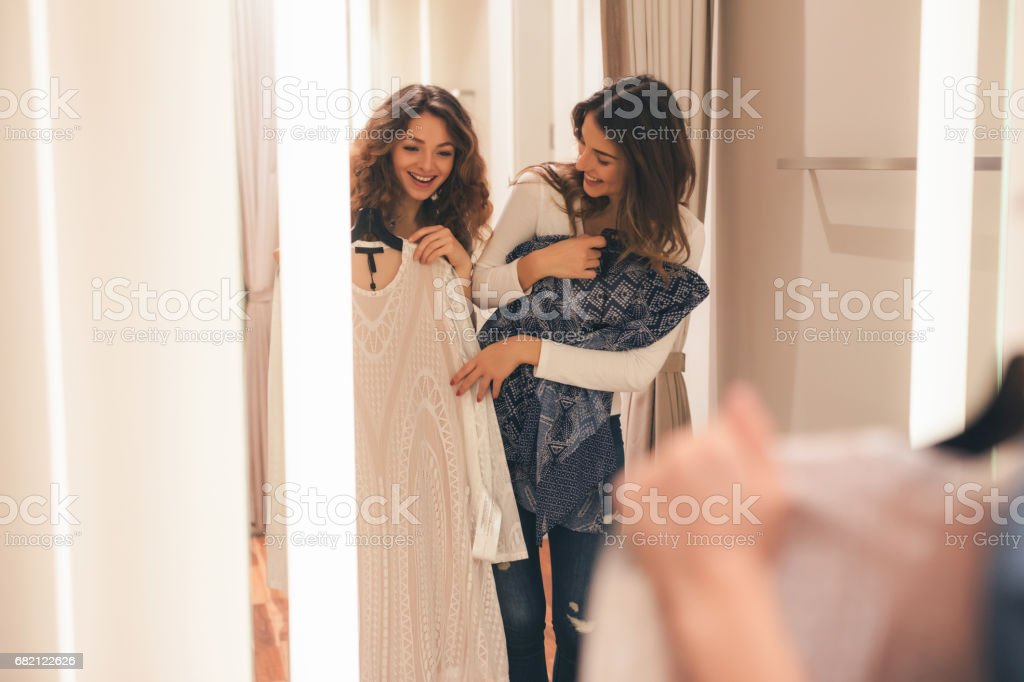 Deux amis dans un vestiaire - Photo