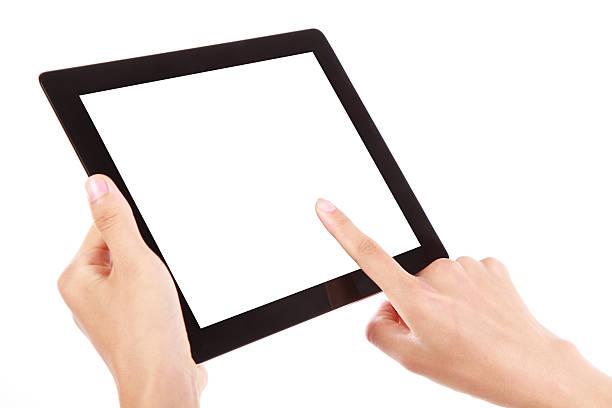 Zwei Hände halten einer Schwarz digitale tablet – Foto
