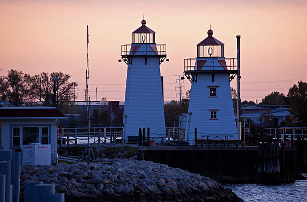 two lighthouses in green bay - green bay wisconsin stock photos and pictures