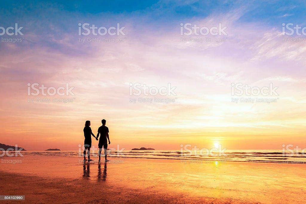 картинка двух влюбленных