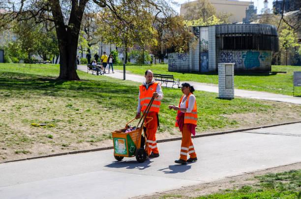 Zwei Handarbeiter – Foto