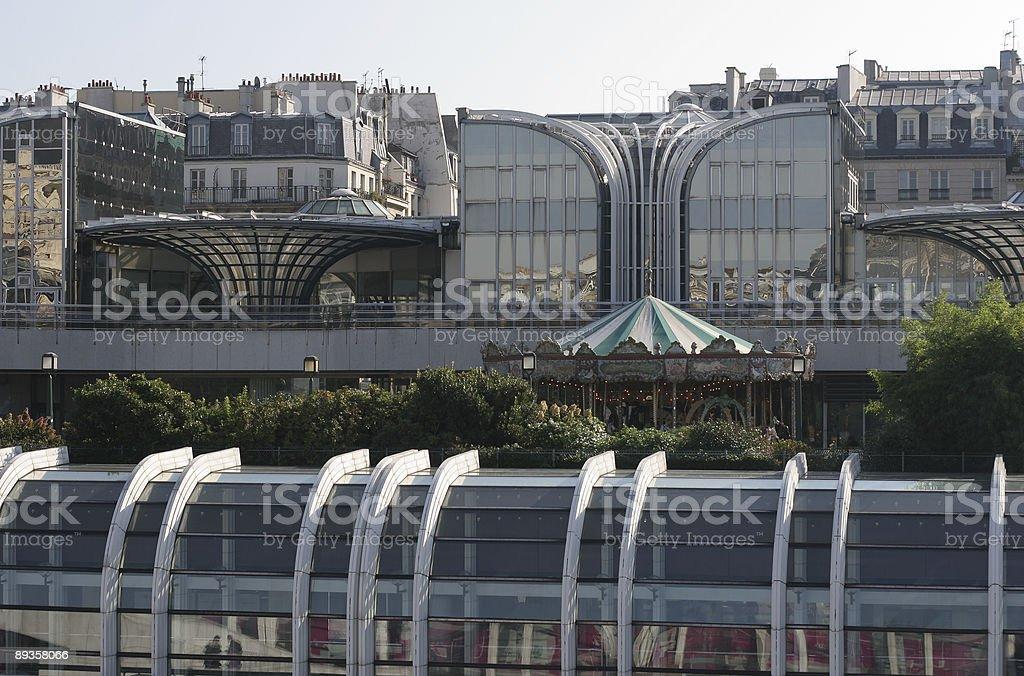 Two merging architectures in the city royaltyfri bildbanksbilder