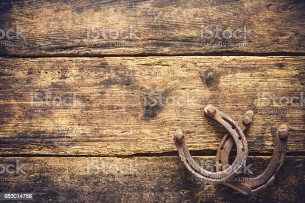 Two old rusty horseshoes picture id683014756?b=1&k=6&m=683014756&s=612x612&h=xeffbwp7c nqbmfww02j0 qunfh7gxmdzyxbsgimrdw=