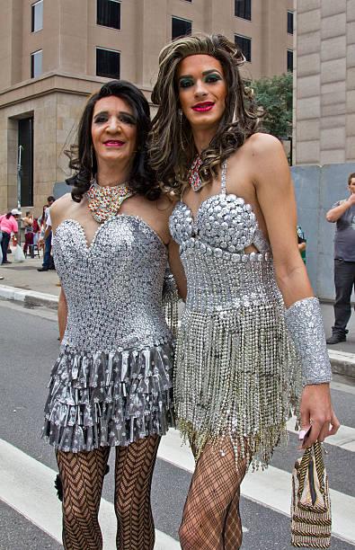 Gays crossdress