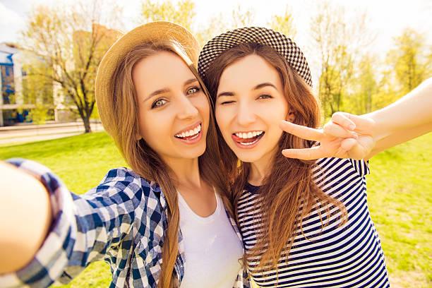 Teen Lesbian Girls