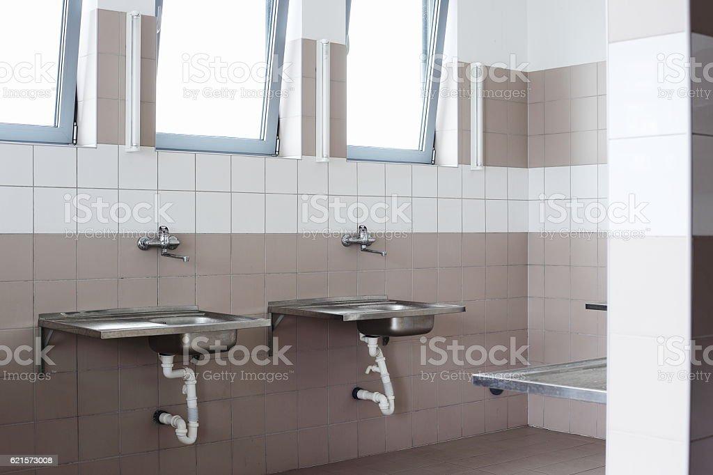 two sinks photo libre de droits