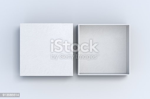 istock Two square boxes opened and closed 913585514