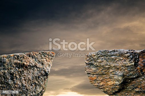 Two stone cliff with a space middle see sky