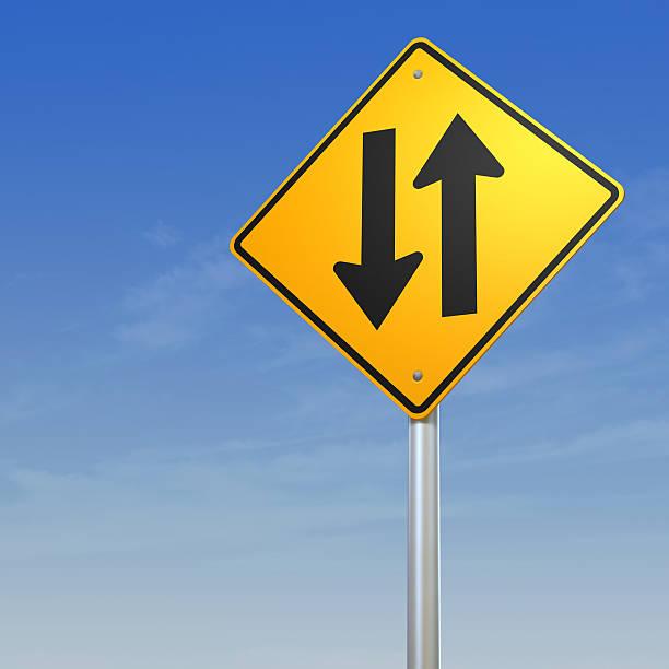 two way traffic road warning sign - zweispurige strecke stock-fotos und bilder