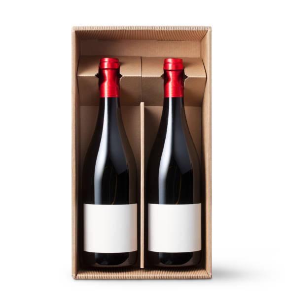 två vinflaskor i kartong på vit bakgrund - wine box bildbanksfoton och bilder