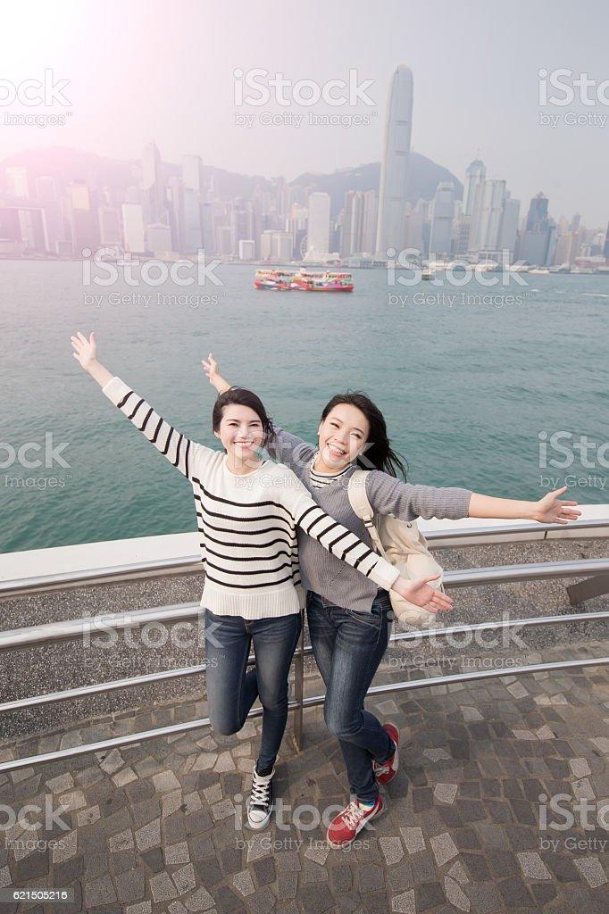 two woman feel free Lizenzfreies stock-foto