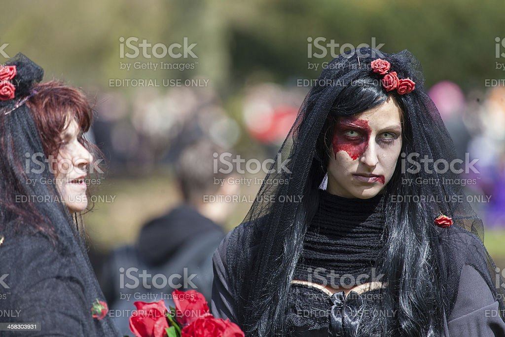 Two women dressed up as witches at Fantasy Fair 2012 foto