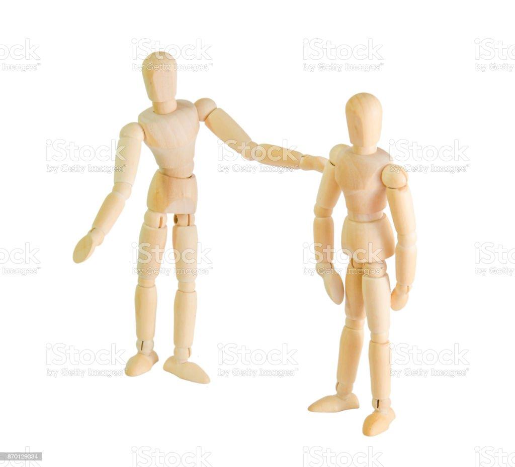 deux poupées en bois figure parler joyeusement les vieux amis concept réunion sur fond blanc - Photo