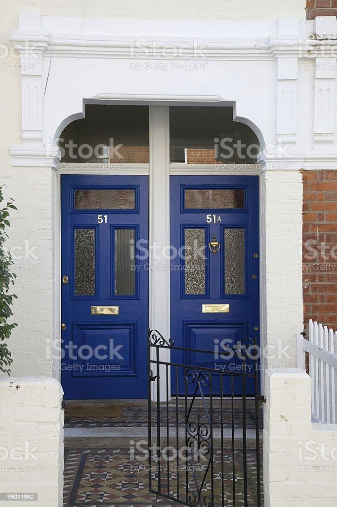 Due porte in legno foto stock royalty-free