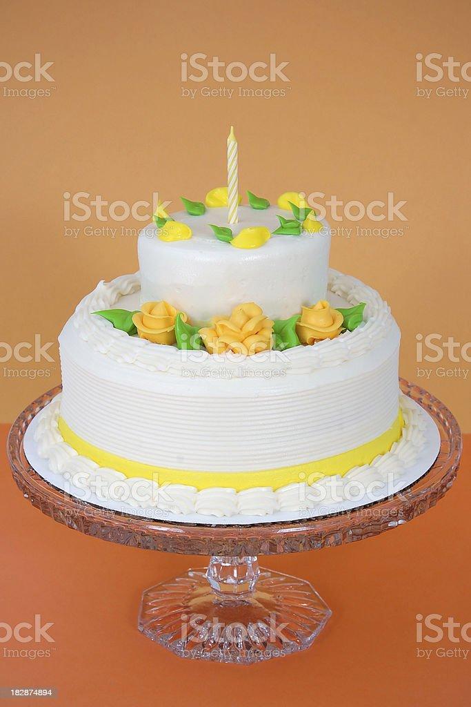 Zweistufige Layer Cake Stockfoto Und Mehr Bilder Von Backen Istock