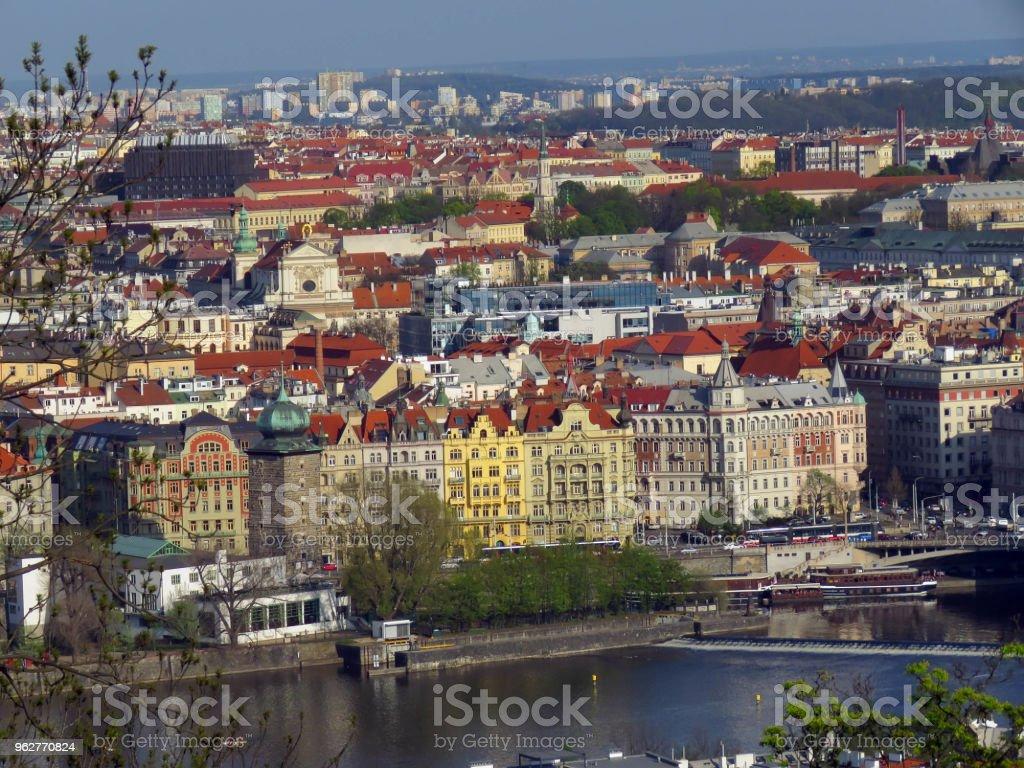 tipos de Praga em dia ensolarado - Foto de stock de Antigo royalty-free