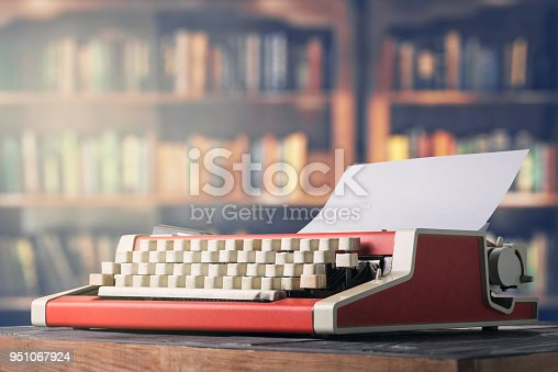 istock A typewriter in the office 951067924