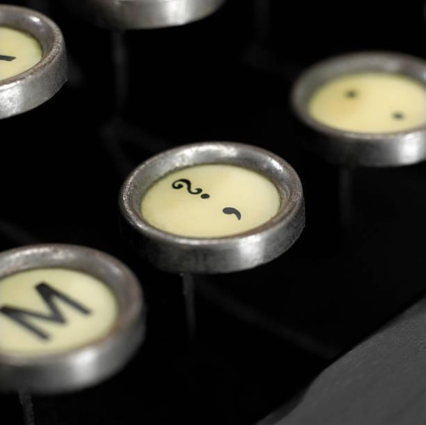 schreibmaschine schlüssel - komma stock-fotos und bilder