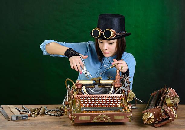 Schreibmaschine reparieren. – Foto