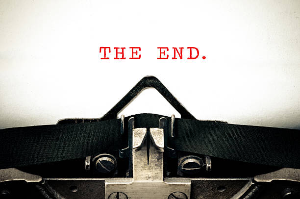 Typewritter with the phrase The End - Photo