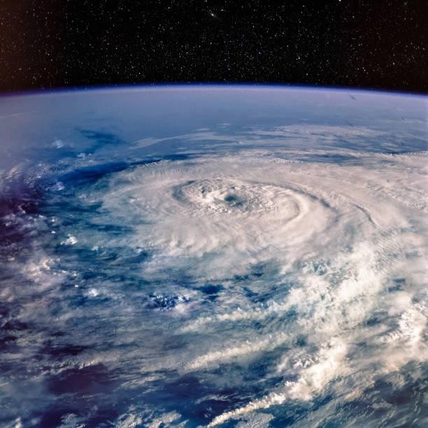 Taifun. Satellitenansicht. Elemente dieses Bildes von der NASA zur Verfügung gestellt. – Foto