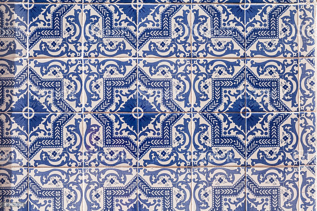 Typical blue tiles in Lisbon at makro view - foto de acervo