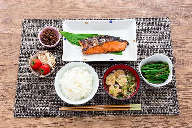 typical japanese breakfast image - washoku stockfoto's en -beelden