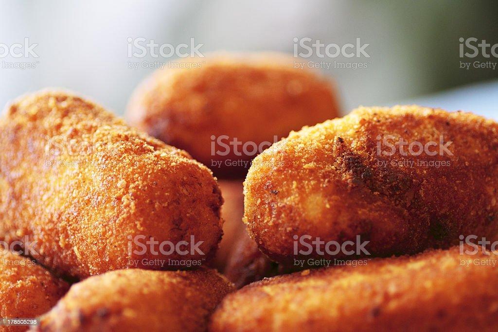 Typisch Spanische Gerichte Hühner Krokette Stock-Fotografie und mehr ...