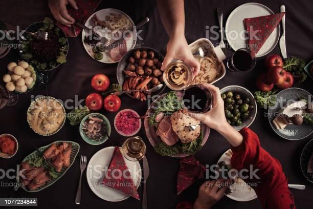 Typical Swedish Scandinavian Christmas Smörgåsbord Food - Fotografie stock e altre immagini di Accogliente