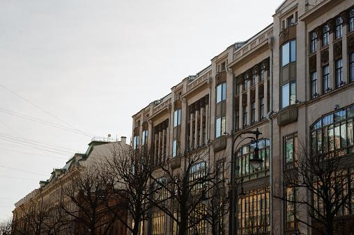 Typische Toeristische Reizen Foto Uitzicht Op De Stad Van St Petersburg Rusland De Stad Werd Gesticht In 1703 Is Nu De Tweede Grootste Stad In Rusland Stockfoto en meer beelden van Architectuur
