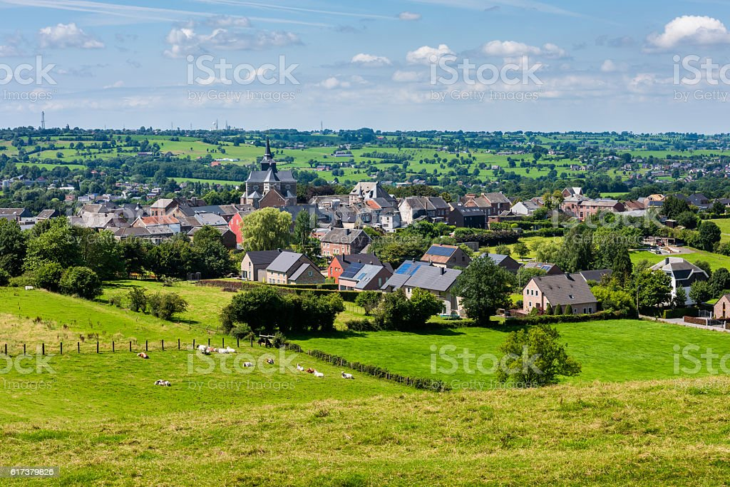 Typical Wallonian Village of Clermont Belgium - foto de stock