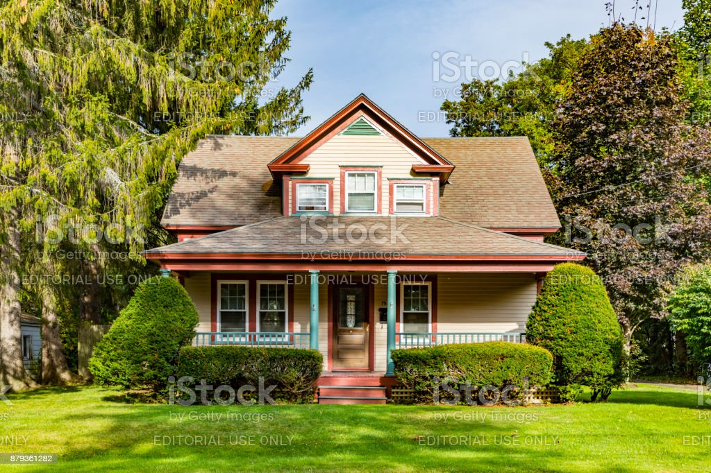 typical wooden small farm house in victorian style in Williamstown stock photo