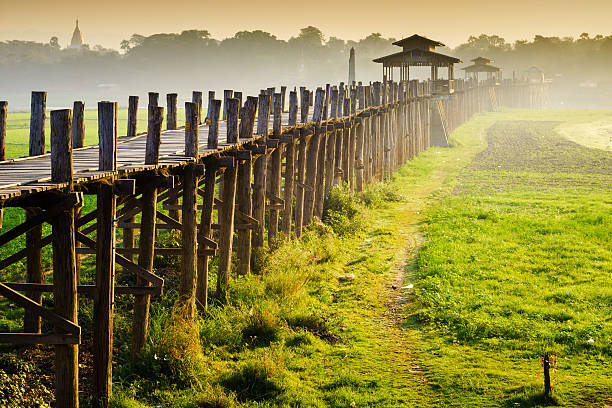 Ubein Brücke bei Sonnenaufgang, Myanmar, Mandalay, – Foto