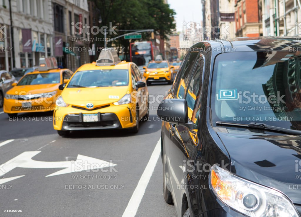 Uber und New York City Taxi – Foto