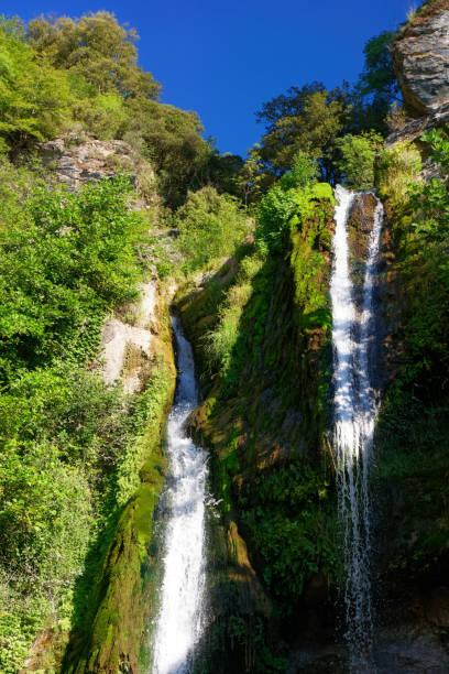 Chute d'eau d'Ucelluline dans l'île de Corse - Photo