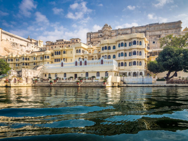Udaipur City Palace View of Udaipur City Palace from Lake Pichola lake pichola stock pictures, royalty-free photos & images