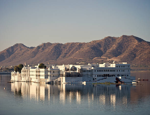 Udaipur Lake Palace Lake Palace From Udaipur In Rajasthan, India lake pichola stock pictures, royalty-free photos & images