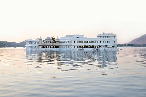 Udaipur Udaipur in the morning-dawn lake palace stock pictures, royalty-free photos & images
