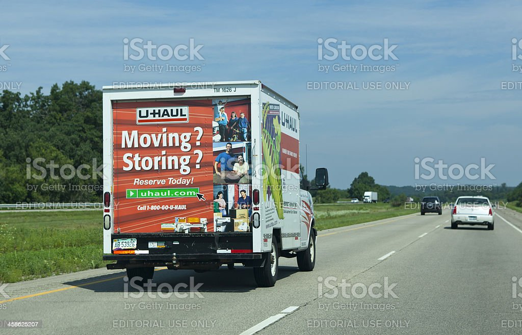 U Haul Moving Truck >> Uhaul Moving Truck Stock Photo More Pictures Of Car Istock