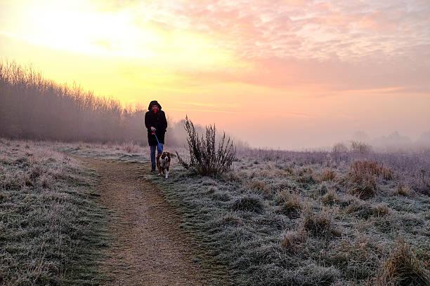 UK, Wetter, kühlen Morgen Sunrise.Hucknall. – Foto