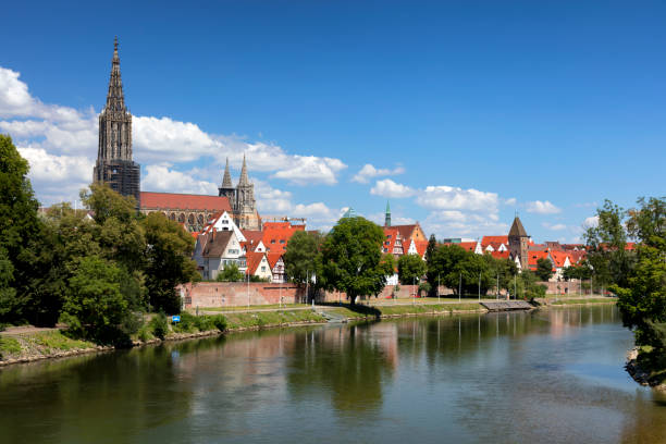 Ulm skyline Skyline with Ulm Minster, view over Danube River, Ulm, Baden Württemberg, Germany ulm stock pictures, royalty-free photos & images