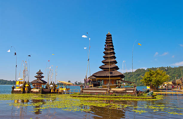 Pura Ulun Danu Bratan, temple volcano carter lake at Bali​​​ foto