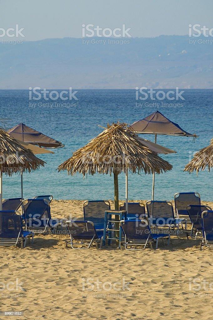 Зонты на экзотический Пляж Стоковые фото Стоковая фотография