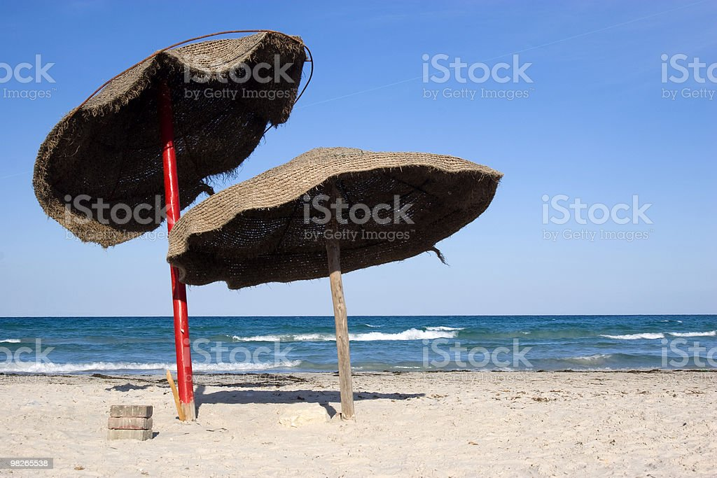 Sonnenschirme am Strand royalty-free stock photo