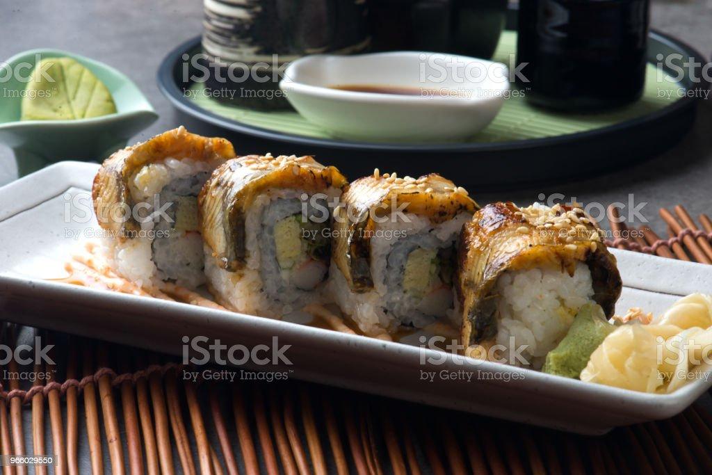 Unagi maki gegrilde Japanse freswater aal broodje sushi - Royalty-free Avondmaaltijd Stockfoto