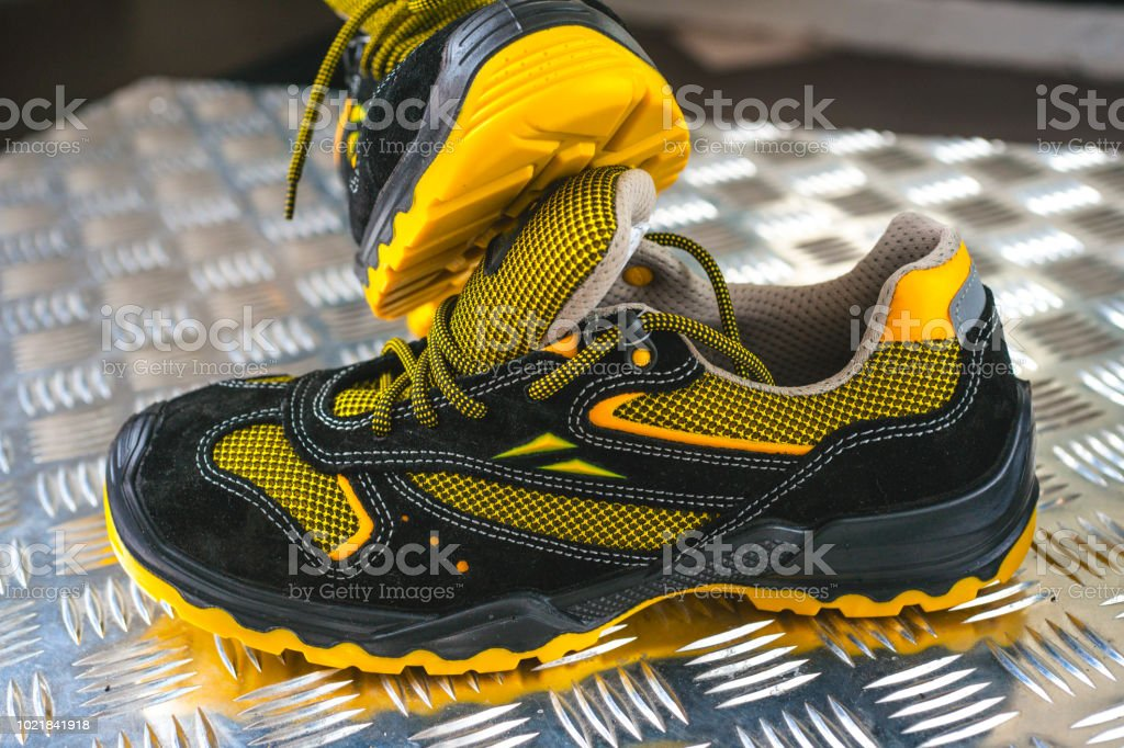 sale retailer a2571 8eed0 Noname Moderne Sneaker In Der Turnhalle Schwarzgelb Bequeme ...